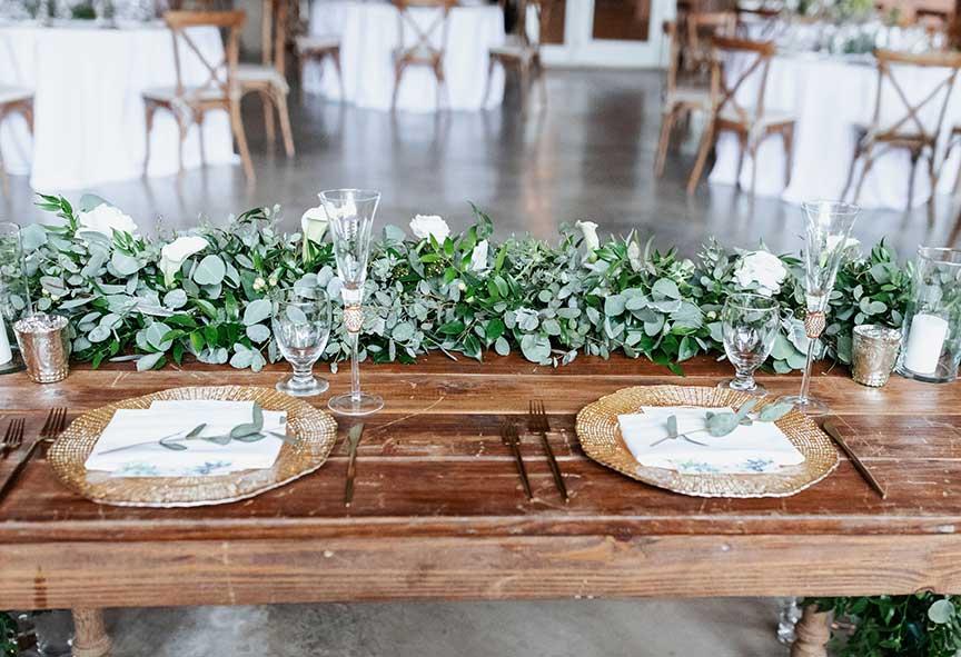 Natalie Sweetheart Table